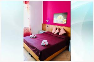 camera viola - affittacamere il corallo (1)