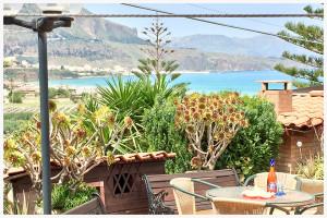 giardino - affitacamere il corallo (2)